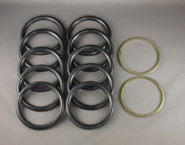 67270/1HYD P51-D MAIN LANDING GEAR LEG SEAL KIT